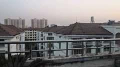 (市中心)三马路小区5室2厅1卫267万127m²出售