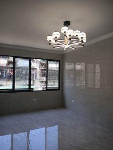 (市中心)飞凤路小区3室1厅1卫148万73m²出售