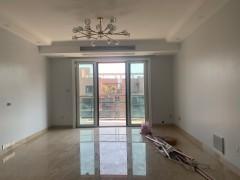 3室2厅2卫608万143.56m²出售