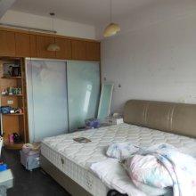 (市中心)飞凤路小区2室2厅1卫130万81m²出售